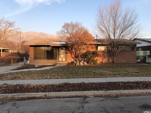 1114 N Taffeta Dr W, Salt Lake City, UT 84116 (#1571953) :: Big Key Real Estate
