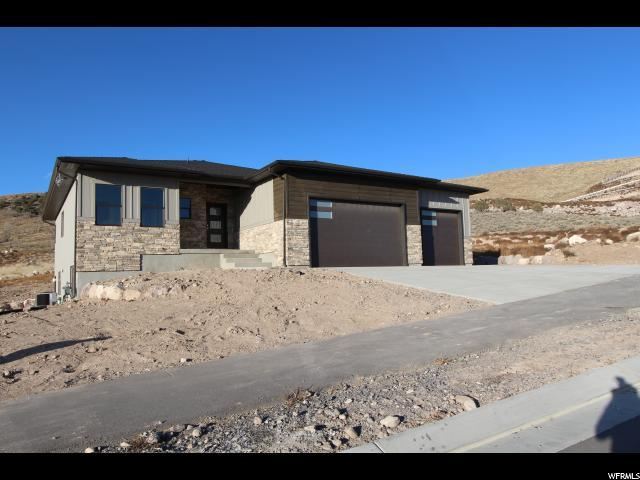 2247 E Grenada Lane S, Eagle Mountain, UT 84005 (#1572138) :: The Fields Team