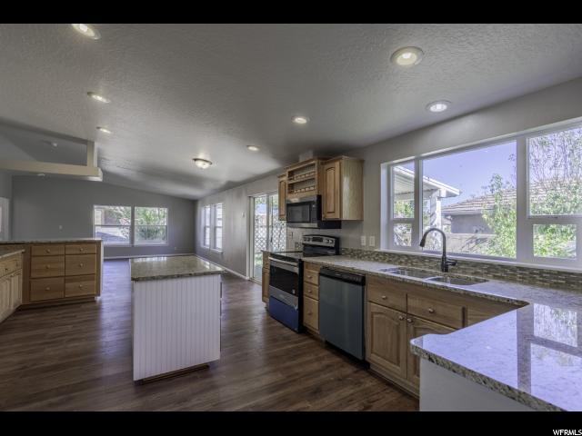 165 S 700 W, Hurricane, UT 84737 (MLS #1573286) :: Lawson Real Estate Team - Engel & Völkers