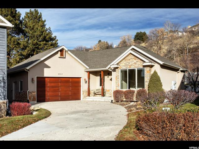 8427 S Lantern Hill Ct, Cottonwood Heights, UT 84093 (#1573476) :: goBE Realty