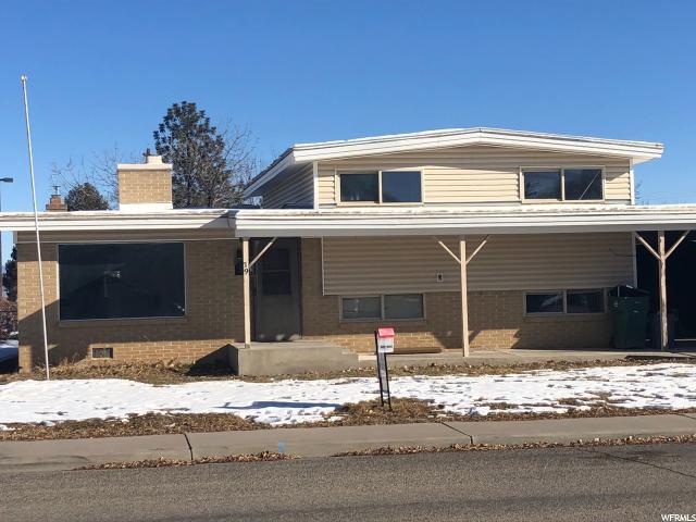 19 S Dale Ave, Vernal, UT 84078 (MLS #1573928) :: Lawson Real Estate Team - Engel & Völkers