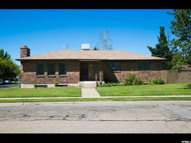 416 S Whiteside St, Layton, UT 84041 (MLS #1574063) :: Lawson Real Estate Team - Engel & Völkers
