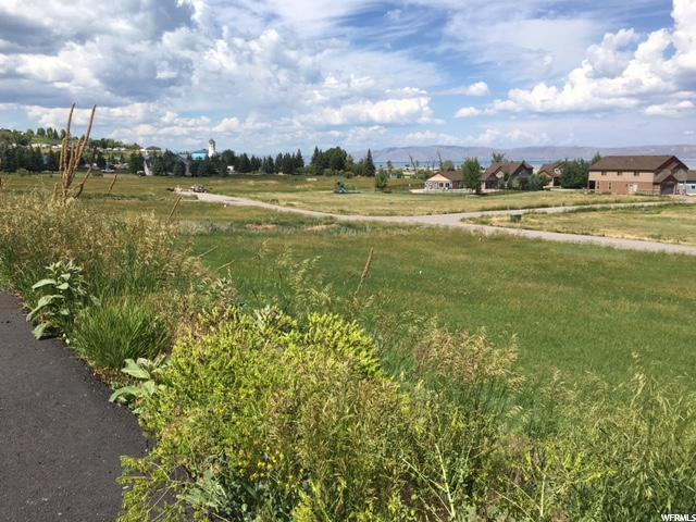 652 N Lochwood Vw, Garden City, UT 84028 (#1575377) :: Bustos Real Estate | Keller Williams Utah Realtors