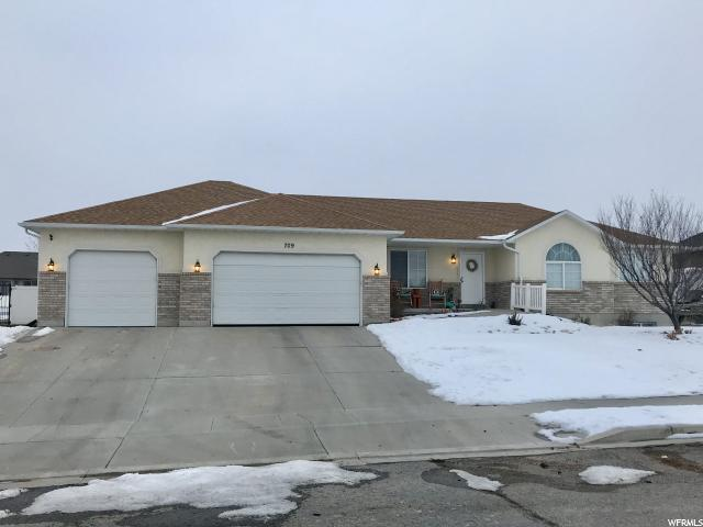 709 W Sagewood Cir S, Grantsville, UT 84029 (MLS #1575670) :: Lawson Real Estate Team - Engel & Völkers