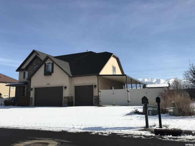 15709 S Packsaddle Dr W, Bluffdale, UT 84065 (#1576087) :: Colemere Realty Associates
