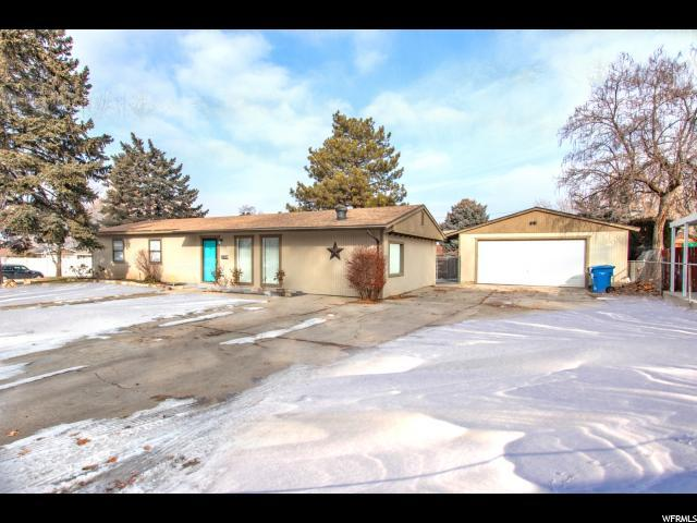 1731 E Cloverdale, Cottonwood Heights, UT 84121 (#1576120) :: Colemere Realty Associates