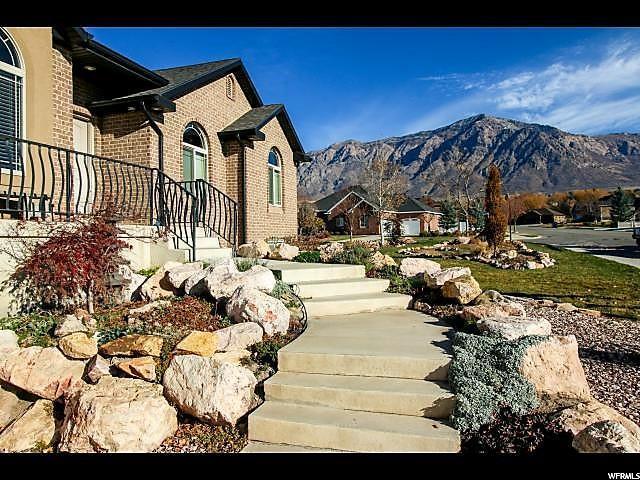 3249 N 1075 W, Pleasant View, UT 84414 (#1576176) :: The Utah Homes Team with iPro Realty Network
