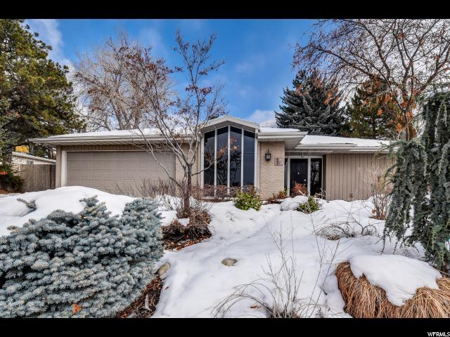 7753 S 3500 E, Cottonwood Heights, UT 84121 (#1576238) :: Colemere Realty Associates