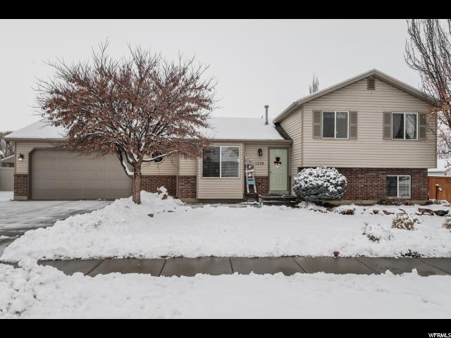 1236 S 1800 W, Syracuse, UT 84075 (#1576270) :: Colemere Realty Associates