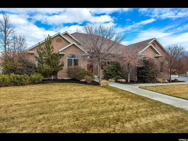 3256 W Country Knoll Rd S, South Jordan, UT 84095 (#1576428) :: Colemere Realty Associates