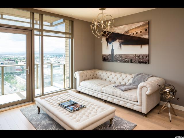 99 W South Temple St #1703, Salt Lake City, UT 84101 (#1576435) :: goBE Realty