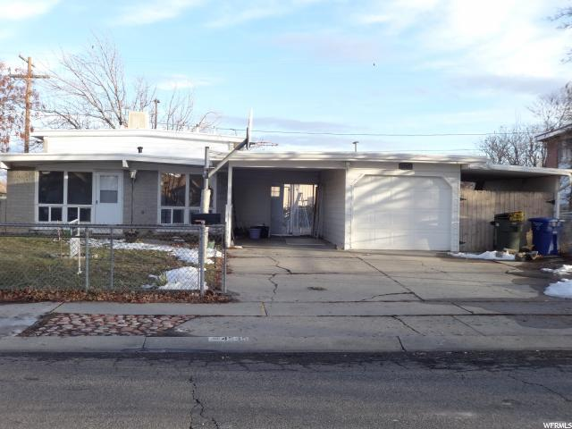 4545 S Carnegie Tech St W, West Valley City, UT 84120 (#1576440) :: Colemere Realty Associates