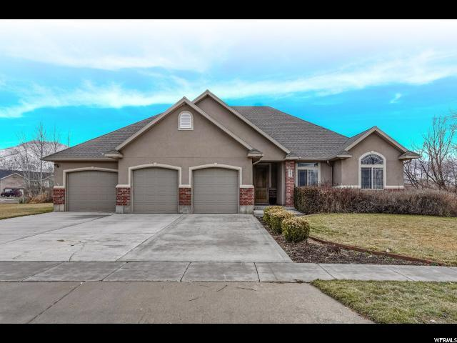 262 N Country Bend, Farmington, UT 84025 (#1576903) :: Colemere Realty Associates