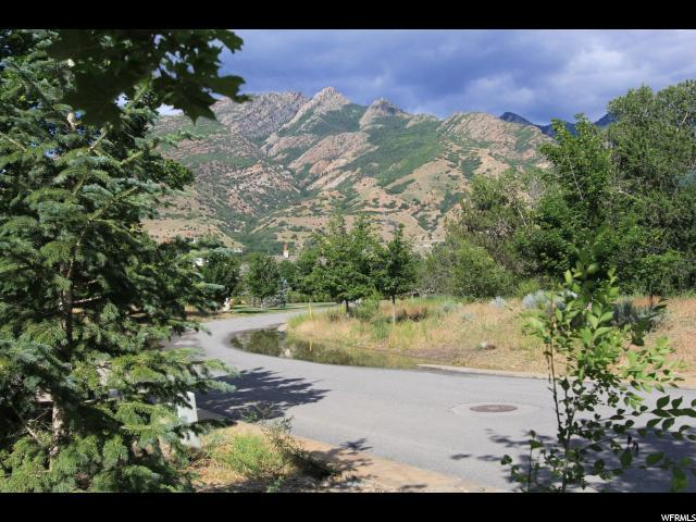 2625 E Providence Ct, Holladay, UT 84121 (#1577411) :: goBE Realty