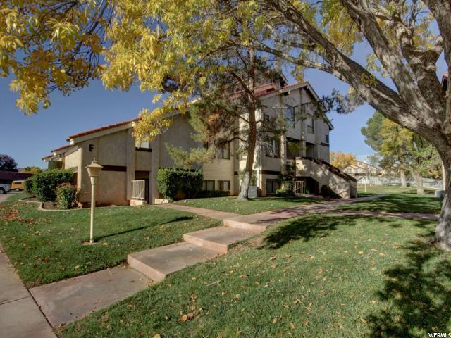 860 S Village Rd E4, St. George, UT 84770 (#1579129) :: Colemere Realty Associates
