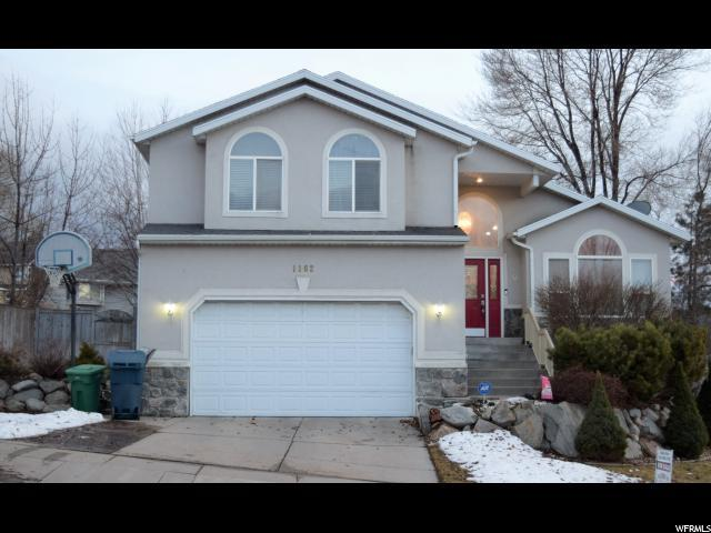 1162 E Pear Tree Dr, Sandy, UT 84094 (#1579205) :: Colemere Realty Associates