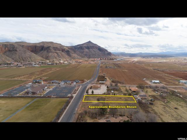 1460 S 700 W, Hurricane, UT 84737 (#1579268) :: The Utah Homes Team with iPro Realty Network