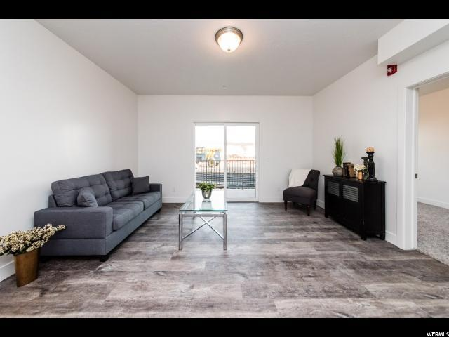 875 S Depot #337, Clearfield, UT 84015 (#1579502) :: Colemere Realty Associates