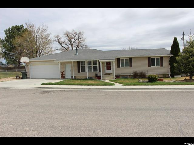 160 N 800 W, Cleveland, UT 84518 (#1579993) :: Bustos Real Estate | Keller Williams Utah Realtors