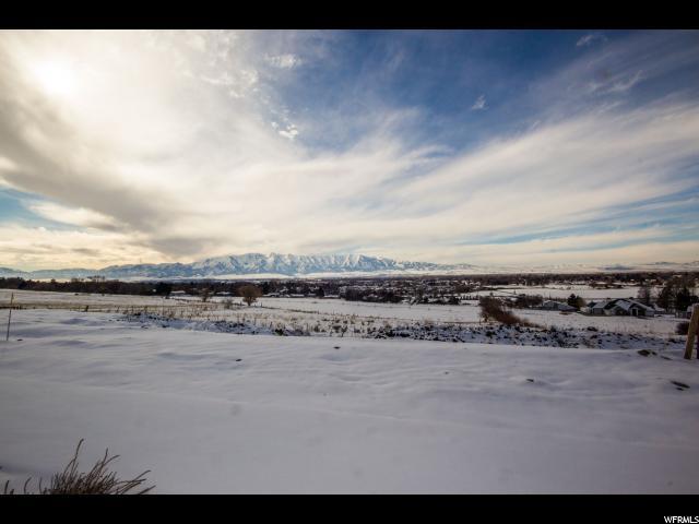 407 N Sarah St, Providence, UT 84332 (#1580079) :: Bustos Real Estate | Keller Williams Utah Realtors