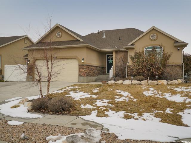 1829 S Chris Cir E, Clearfield, UT 84015 (#1580876) :: Red Sign Team