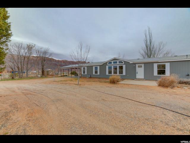55 E Mount Peale Dr, Moab, UT 84532 (MLS #1581073) :: High Country Properties