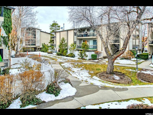 5756 S Waterbury Way E C, Salt Lake City, UT 84121 (#1581178) :: goBE Realty