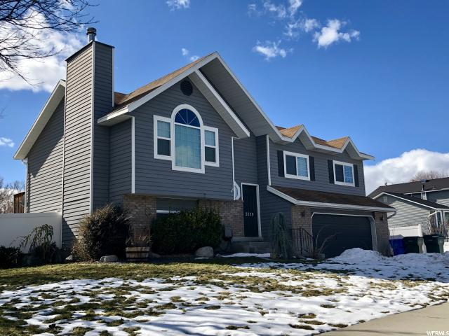2039 W Golden Valley Dr, Riverton, UT 84065 (#1581376) :: The Utah Homes Team with iPro Realty Network