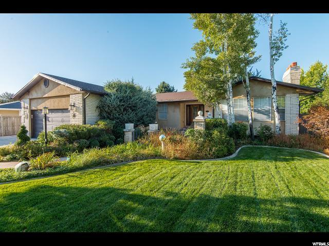1549 E Greenfield Ave, Cottonwood Heights, UT 84121 (#1581499) :: Colemere Realty Associates