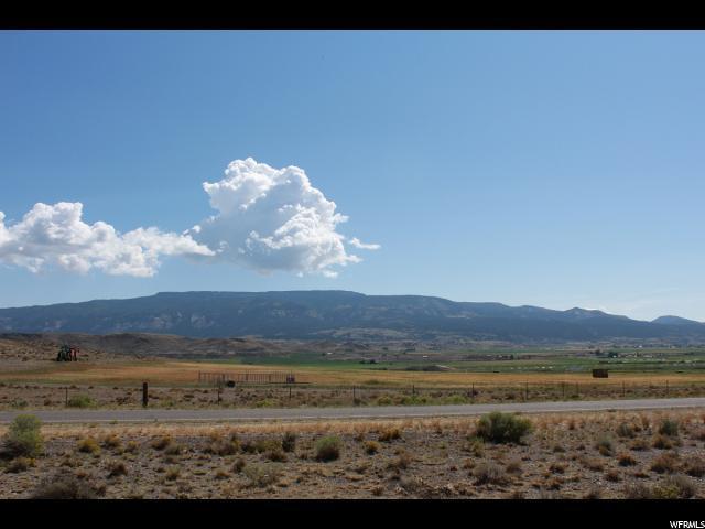 1000 N Main St, Loa, UT 84747 (#1581646) :: Bustos Real Estate | Keller Williams Utah Realtors