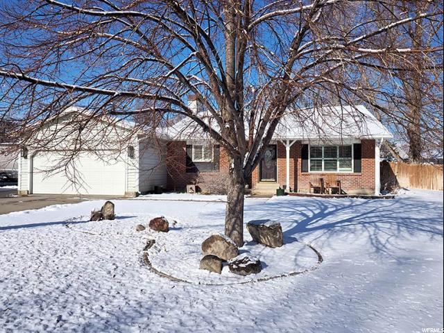 12168 S 2160 W, Riverton, UT 84065 (#1581780) :: The Utah Homes Team with iPro Realty Network