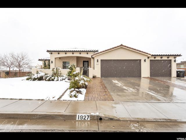 1927 S 2700 Cir E, St. George, UT 84790 (#1582421) :: Colemere Realty Associates