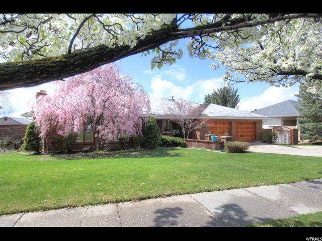 1422 E Tomahawk N, Salt Lake City, UT 84103 (#1582487) :: Bustos Real Estate | Keller Williams Utah Realtors