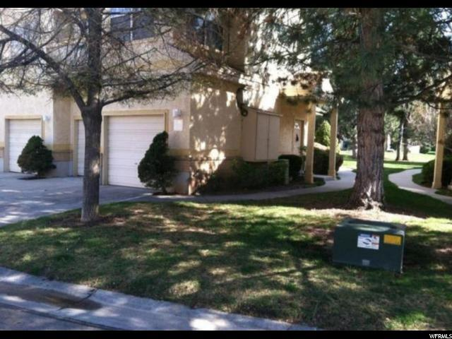 600 E Briarsprings Cir S, Midvale, UT 84047 (#1582550) :: The Utah Homes Team with iPro Realty Network