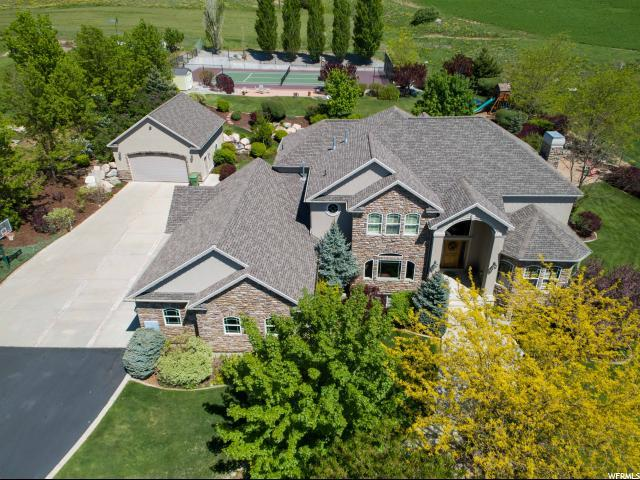1950 E 3200 N, North Logan, UT 84341 (#1583956) :: Bustos Real Estate | Keller Williams Utah Realtors