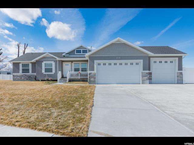 2802 S Fetzer Dr W, Magna, UT 84044 (#1584384) :: Bustos Real Estate | Keller Williams Utah Realtors