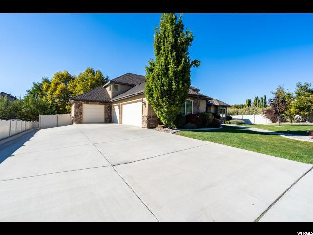 639 N 200 E, Lindon, UT 84042 (#1584626) :: The Canovo Group