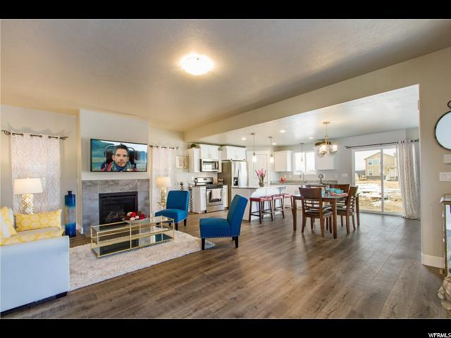 8632 N Cottonwood Aly A7, Eagle Mountain, UT 84005 (#1585453) :: Bustos Real Estate | Keller Williams Utah Realtors