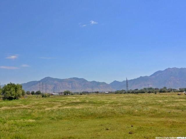2566 S 4850 W, Taylor, UT 84401 (#1585541) :: Bustos Real Estate | Keller Williams Utah Realtors