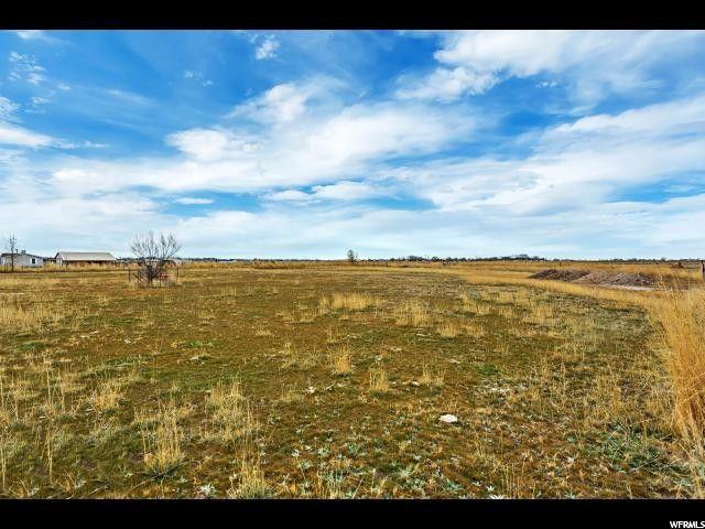4811 W 2625 S, Taylor, UT 84401 (#1585790) :: Bustos Real Estate | Keller Williams Utah Realtors