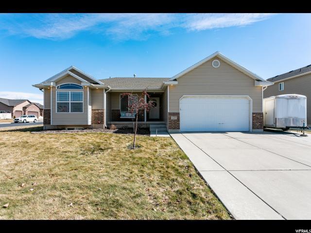 1237 S Banbury Dr W, Syracuse, UT 84075 (#1586111) :: Bustos Real Estate   Keller Williams Utah Realtors