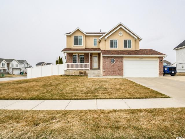 5591 S 4075 W, Roy, UT 84067 (#1586438) :: Bustos Real Estate | Keller Williams Utah Realtors