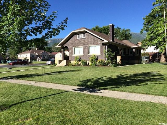 207 S 200 E, Kaysville, UT 84037 (#1586864) :: Bustos Real Estate | Keller Williams Utah Realtors