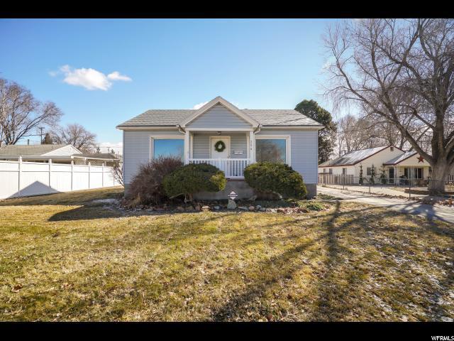 254 N 300 E, Clearfield, UT 84015 (#1586882) :: Bustos Real Estate   Keller Williams Utah Realtors