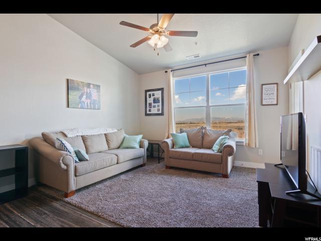 64 W Silver Springs Dr, Vineyard, UT 84058 (MLS #1586926) :: Lawson Real Estate Team - Engel & Völkers