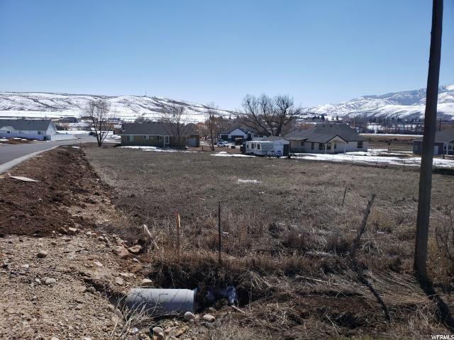 412 Chalk Creek Rd E, Coalville, UT 84017 (MLS #1587083) :: High Country Properties