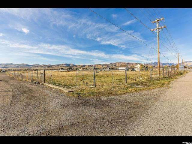 3157 W 13800 S, Bluffdale, UT 84065 (#1587186) :: Colemere Realty Associates