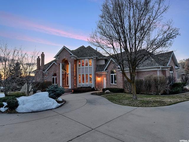 5699 Regency Dr., Ogden, UT 84403 (#1587372) :: Bustos Real Estate   Keller Williams Utah Realtors