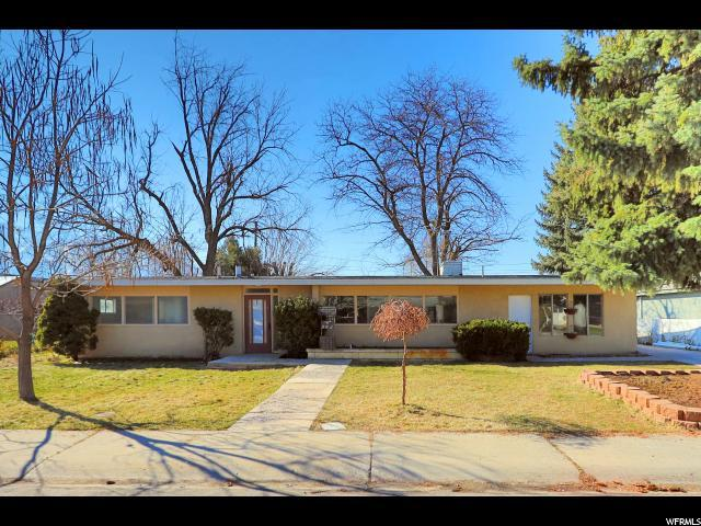 562 Aaron Ave, Springville, UT 84663 (#1587936) :: The Utah Homes Team with iPro Realty Network