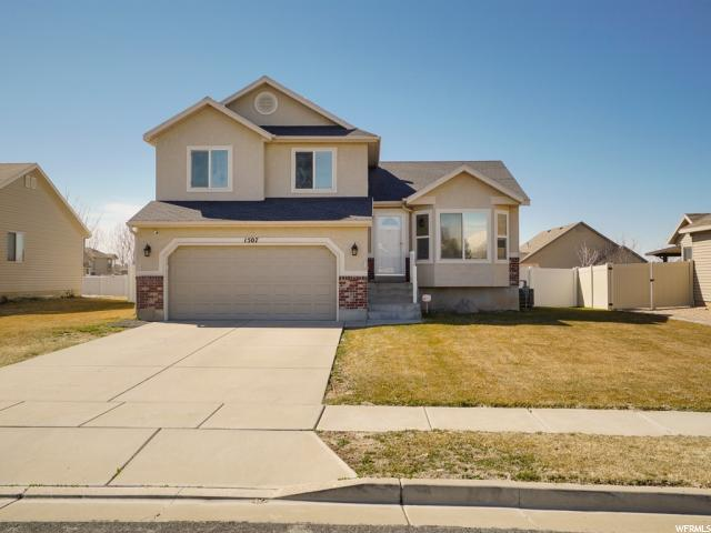 1507 N 2340 W, Clinton, UT 84015 (#1588031) :: Bustos Real Estate | Keller Williams Utah Realtors